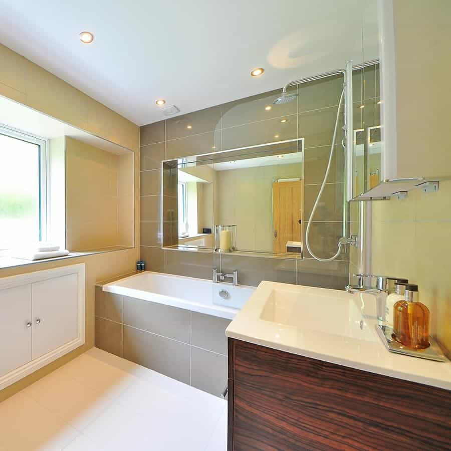 surrey residential tile and grout cleaning